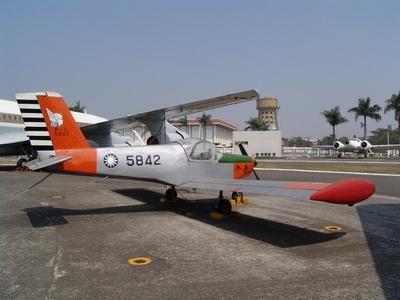 PL-1 介壽號初級教練機