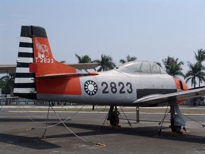 T-28A/D 啄木鳥式教練機
