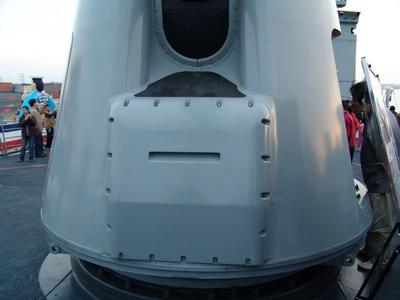 Mk45型127公厘艦砲