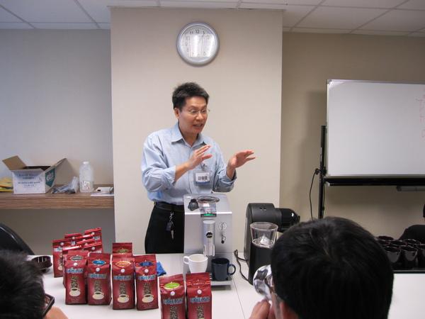 20091105資拓試飲會 002.JPG