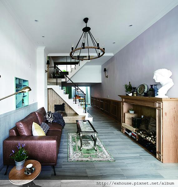 打造天井與樓梯差,狹長老屋變身陽光宅