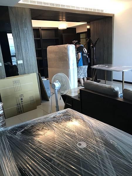 推薦桃園搬家公司力求完美搬家服務螞蟻精神合群合作細心為您處理好搬家事優質中和搬家貨運