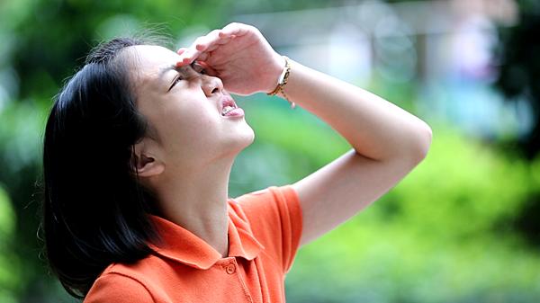 角膜塑型片見證-散瞳劑畏光