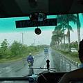 回台灣那天下大雨