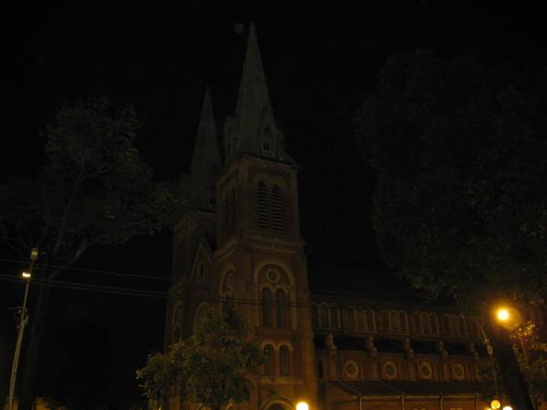 雙塔紅教堂