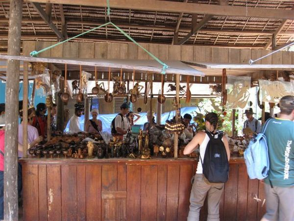 椰子殼做的手工藝品