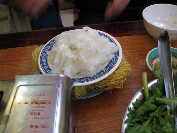 河粉跟小黃麵
