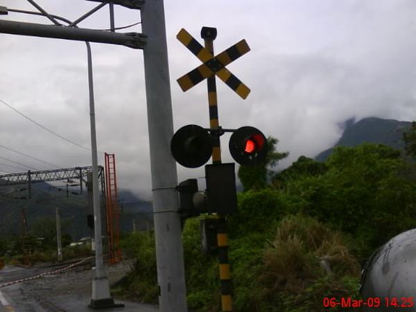 台北市看不到這種平交道了
