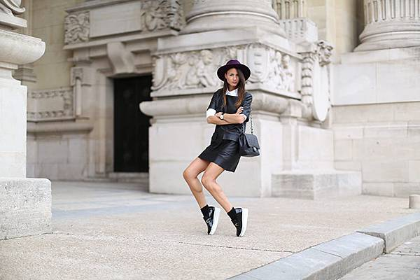 grand-palais-zina-charkoplia-fashion-week-leather-dress-stella-mccartney-shoes-hat-black-shirt