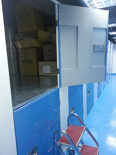 俬儲空間,台北迷你倉,小倉庫,便利倉儲,個人倉庫、換季衣物、收納、整理、空間不足