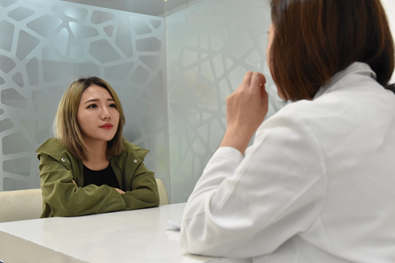 揚昇診所-台中淨膚飛梭雷射推薦