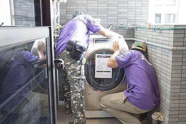 三重電器行玉明電器:洗衣機安裝最重要就是正水平跟穩定度,穩定度高,洗衣更順暢同時讓馬達使用壽命會更長