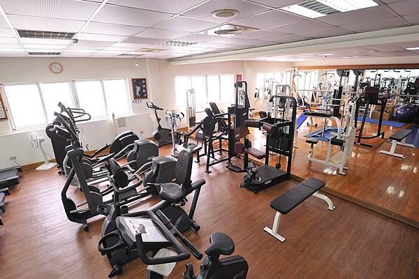gym1_low.jpg