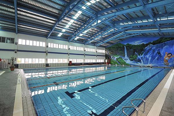 pool1_low.jpg