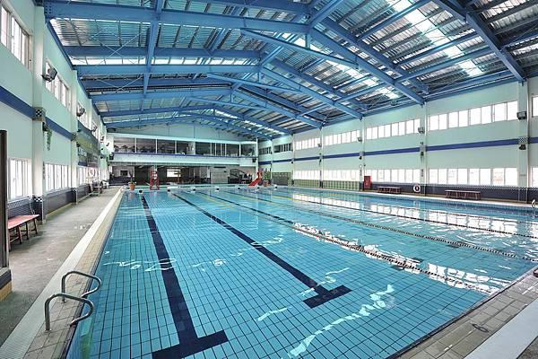 pool2_low.jpg