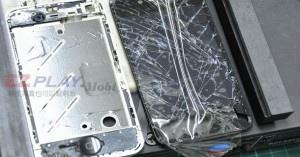 iphone4現場快速維修拆解液晶玻璃破裂速修1