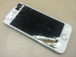 自拍神器讓iphone 5S不幸摔機變成了自摔神器1