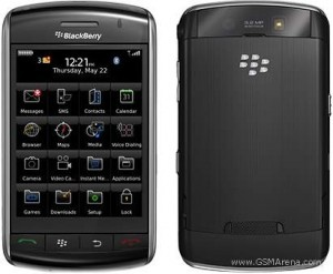 泡水機該回原廠嗎?BlackBerry 9520 拆解後告訴您1