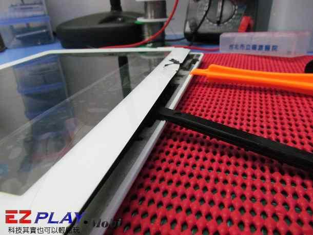 Ipad二代玻璃觸控LCD破裂就是這樣維修的9