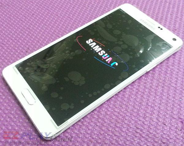 可惡的膠和超薄面板三星Note 4玻璃面板液晶維修之─驚心動魄9