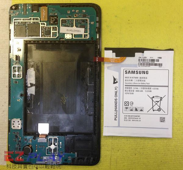 無法顯示的Samsung Galaxy Tab4 液晶面板更換維修記11
