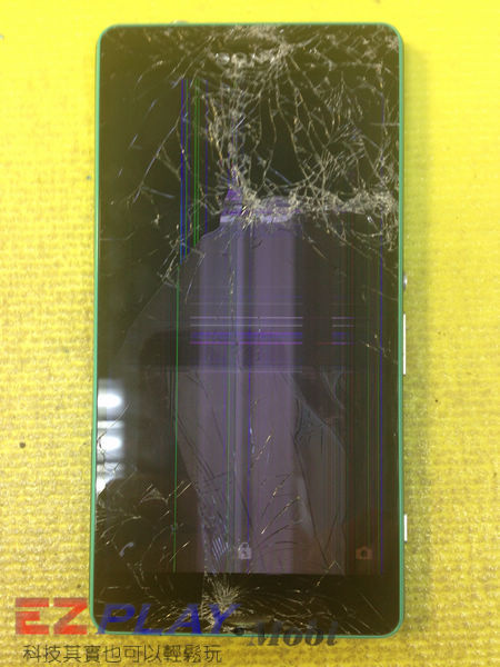 摔機 Sony Xperia Z3 Compact 面板更換實錄.2
