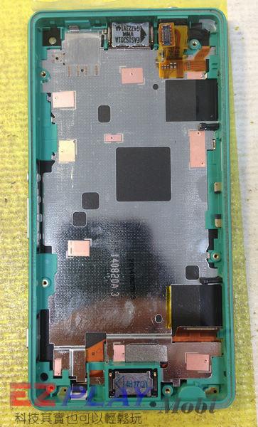 摔機 Sony Xperia Z3 Compact 面板更換實錄.8