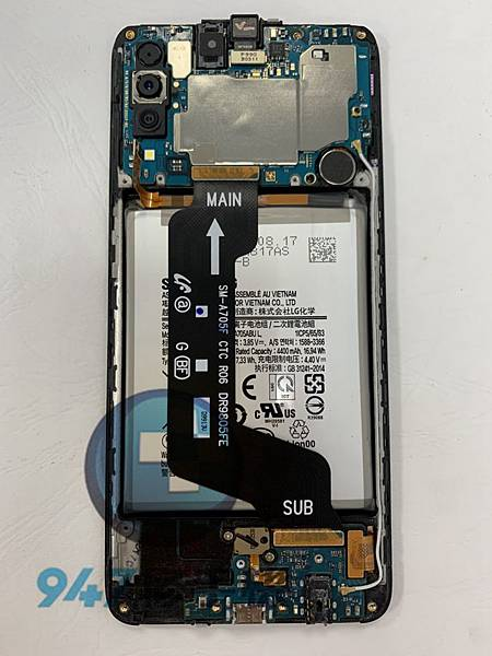 三星A70手機維修-面板維修-電池更換03.jpg