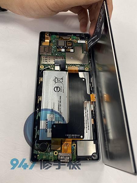 SONY X10+手機維修_尾插更換_面板更換03.jpg