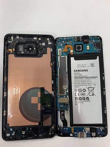 三星C9 PRO手機維修_面板更換_電池更換04.jpg
