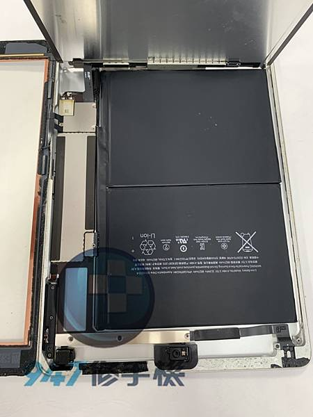 IPAD AIR 1平板維修_尾插模組更換_電池更換03.jpg