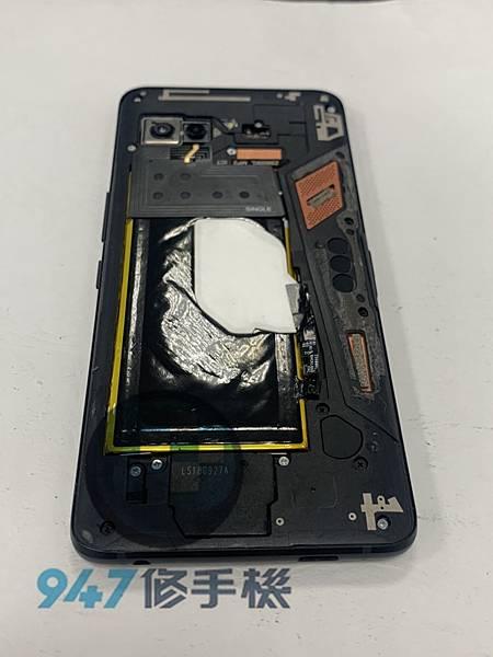 ROG 1 手機維修_面板更換_電池更換02.jpg