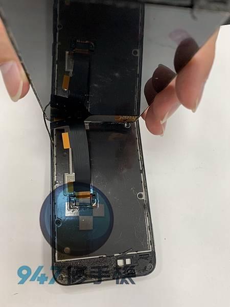 HTC A9 手機維修_面板更換_電池更換02.jpg