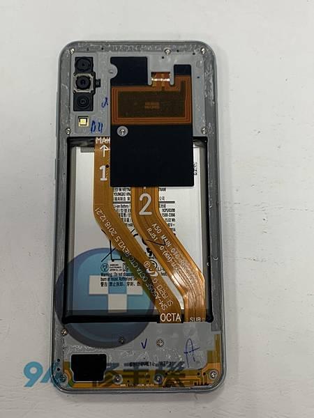 三星A50 手機維修_尾插更換_電池更換02.jpg