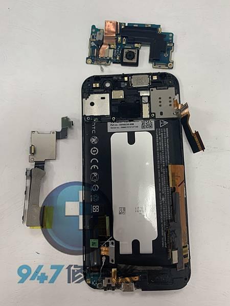 HTC S9手機維修_開機排線更換_電池更換03.jpg