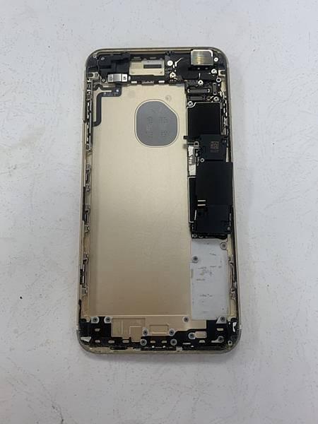 I6S+手機維修_更換電池_更換尾插03.jpg