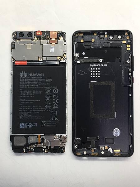 華為P10+手機維修_更換螢幕_更換電池04.JPG