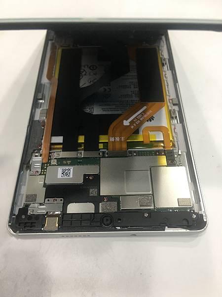華為 MEDIAPAD M3_更換電池02.JPG