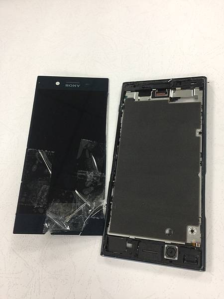 SONY XZP手機維修_更換螢幕04.jpg