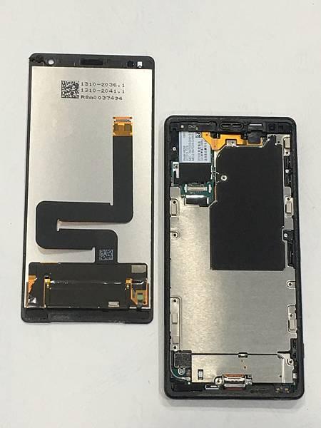 SONY XZ2手機維修_充電孔維修03.JPG