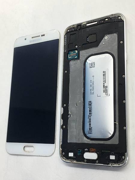 三星A8 2015手機維修_更換電池03.JPG
