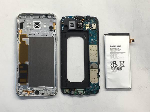 三星A8 2015手機維修_更換電池04.JPG