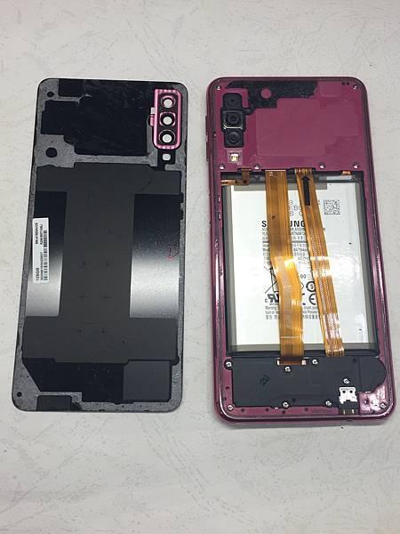 三星A7 2018手機維修_更換面板03.JPG