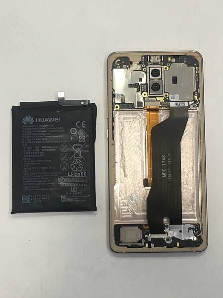 華為mate10 pro手機維修_更換電池03.JPG