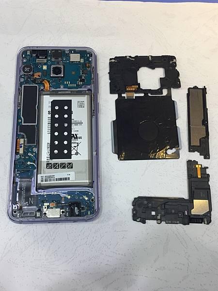 三星S8+手機維修_更換螢幕03.jpg