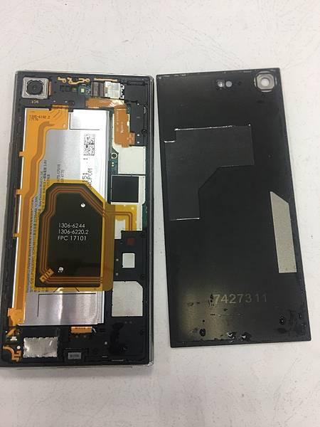 SONY XZP手機維修_更換開機排線02.jpg