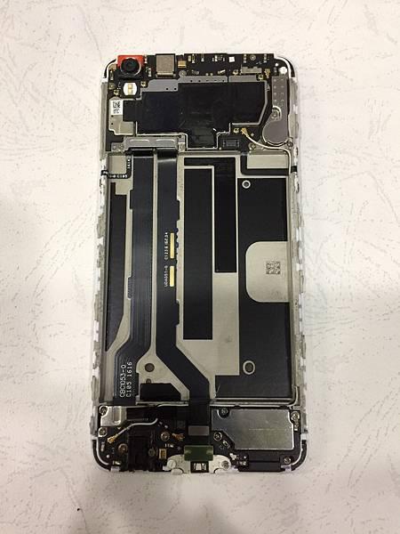 OPPO R9S+手機維修_更換螢幕04.jpg