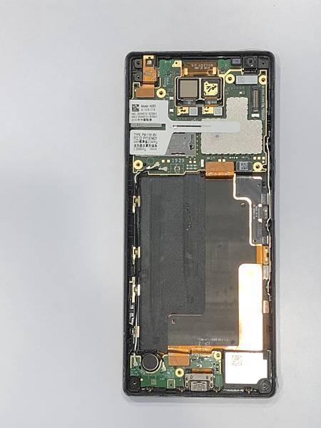 SONY X10+手機維修_更換充電孔排線04.jpg
