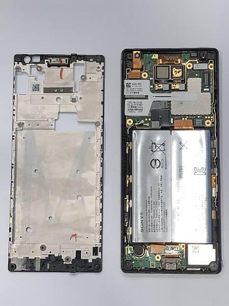 SONY X10+手機維修_更換充電孔排線03.jpg