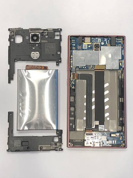 SONY L2手機維修_更換電池03.jpg